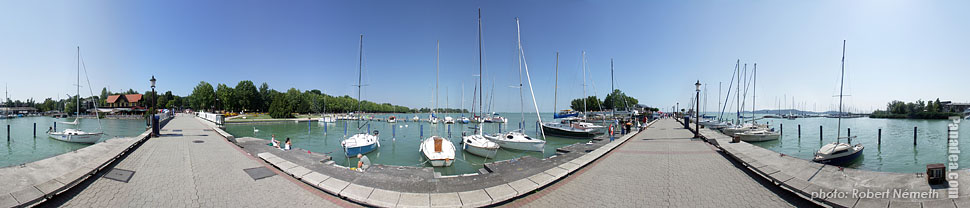 Lakeside of the Balaton, port and jetty - Balatonfüred, Hungary - Panorama photo (panoramic image)