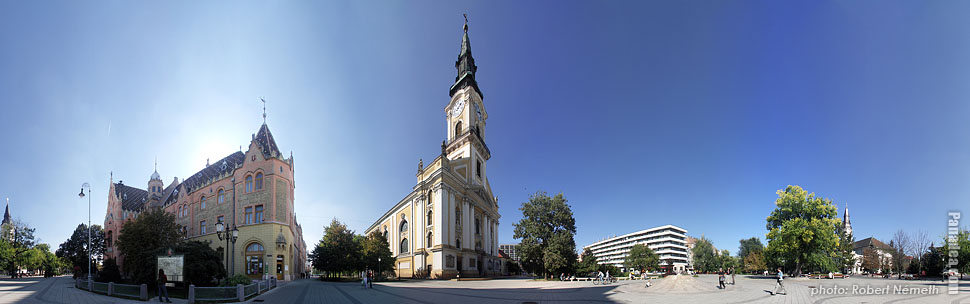 Kossuth Square, City Hall & Nagytemplom (Old Church) - Kecskemét, Hungary - Panorama photo (panoramic image)