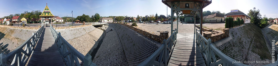 Main Square, Small bridge over Mogyoródi Brook - Mogyoród, Hungary - Panorama photo (panoramic image)